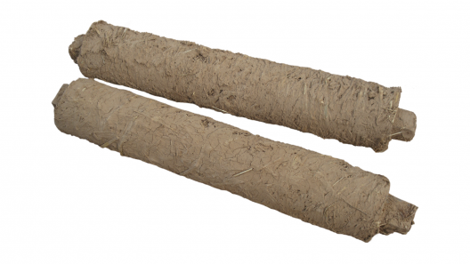 clay timber struts, pre-dried,
